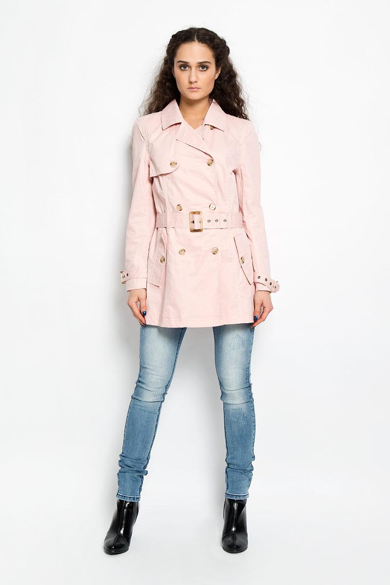 Пальто женское Broadway Whip, цвет: светло-розовый. 10156017 379. Размер M (46)10156017 379Великолепное стеганое женское пальто Broadway Whip предназначено для современной девушки. Изделие выполнено из натурального хлопка на подкладке из 100%-го полиэстера.Модель с двубортной застежкой на пуговицы и отложным воротником дополнена двумя прорезными карманами на клапанах с пуговицами. На талии предусмотрен ремешок с пряжкой. Рукава регулируются по ширине с помощью хлястика с пряжкой. На спинке снизу имеется небольшой разрез. Пальто оформлено декоративными клапанами спереди и сзади, фиксирующиеся на пуговицы. Подчеркните свой изысканный вкус и подарите себе комфорт и тепло.