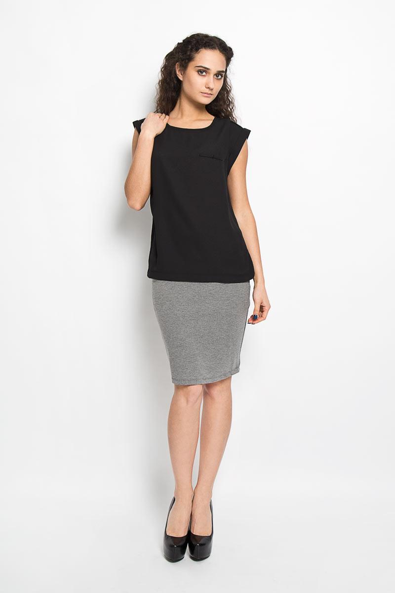 Блузка женская Broadway Harlyn, цвет: черный. 10156044 999. Размер L (48)10156044 999Модная и стильная блузка Broadway Harlyn выполненная из высококачественного материала, благодаря своей универсальности идеально впишется в любой гардероб. Перед блузки выполнен из полупрозрачного полиэфира, а спинка из мягкого и приятного на ощупь материала - полиэфира с добавлением вискозы.Модель с короткими цельнокроеными рукавами, круглым вырезом горловины и разрезами по бокам оформлена имитацией кармашка с пуговицей. Рукава дополнены отворотами.Такая модель, несомненно, понравится ее обладательнице и послужит отличным дополнением к гардеробу.