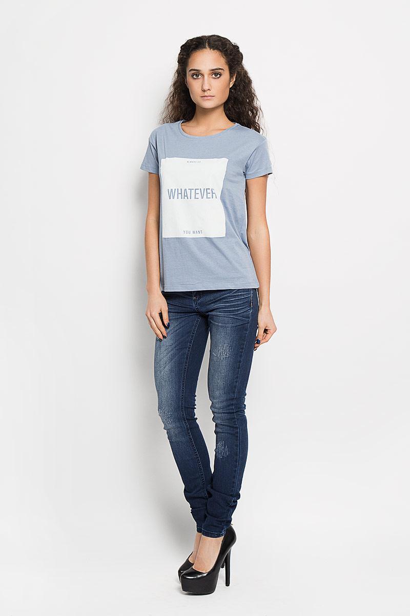 Футболка женская Broadway Charlize, цвет: серо-голубой. 10156201 51A. Размер M (46)10156201 51AСтильная женская футболка Broadway Charlize, выполненная из высококачественного хлопка, обладает высокой воздухопроницаемостью и гигроскопичностью, позволяет коже дышать. Модель с короткими рукавами и круглым вырезом горловины спереди оформлена квадратной термоаппликацией с надписью Always Do Whatever You Want.Эта футболка - идеальный вариант для создания эффектного образа.