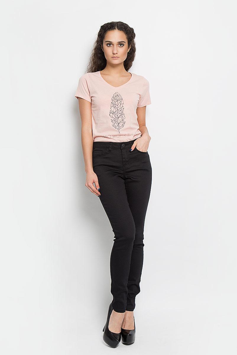 Брюки женские Broadway Jane, цвет: черный. 10156375 999. Размер S (44)10156375 999Женские брюки Broadway Jane - отличный выбор на каждый день. Они прекрасно сидят, подчеркивая все достоинства вашей фигуры.Модель прямого кроя, зауженного к низу, и средней посадки изготовлена из высококачественного материала. Застегиваются брюки на пуговицу в поясе и ширинку на застежке-молнии, также имеются шлевки для ремня. Спереди изделие дополнено двумя втачными карманами и одним небольшим накладным кармашком, а сзади - двумя накладными карманами. Эти модные и в то же время комфортные брюки послужат отличным дополнением к вашему гардеробу. В них вы всегда будете выглядеть стильно.
