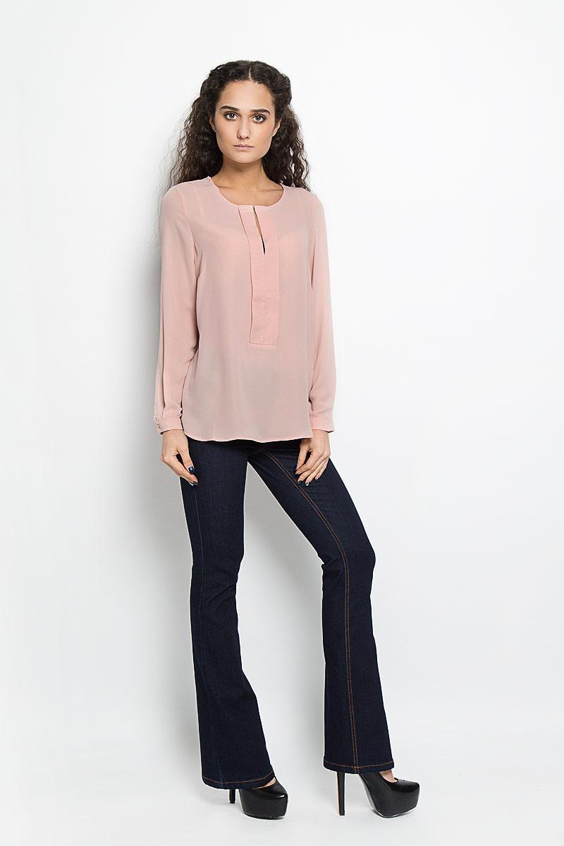 Блузка женская Broadway Adleigh, цвет: розово-бежевый. 10156088 379. Размер L (48)10156088 379Стильная женская блуза Broadway Adleigh, выполненная из высококачественного материала, подчеркнет ваш уникальный стиль и поможет создать оригинальный женственный образ.Блузка с круглым вырезом горловины и длинными рукавами застегивается спереди на металлический крючок, манжеты рукавов - на пуговицы. Изделие спереди оформлено декоративной планкой с разрезом на груди. Спинка блузки удлинена.Модель идеально подойдет для жарких летних дней. Такая блузка будет дарить вам комфорт в течение всего дня и послужит замечательным дополнением к вашему гардеробу.