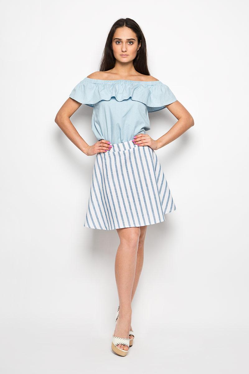 Юбка Glamorous, цвет: синий, белый. CK2832A. Размер XS (42)CK2832A WHITE LIGHT BLUE STRIPEЭффектная юбка Glamorous поможет создать оригинальный женственный образ. Изготовленная из натурального хлопка, она позволяет коже дышать, не сковывает движения и обеспечивает удобство при носке.Модель конического кроя имеет пришивной пояс и застегивается сзади на металлический крючок и застежку-молнию. Оформлено изделие принтом в полоску. Стильная юбка займет достойное место в вашем гардеробе и будет дарить вам комфорт в течение всего дня.