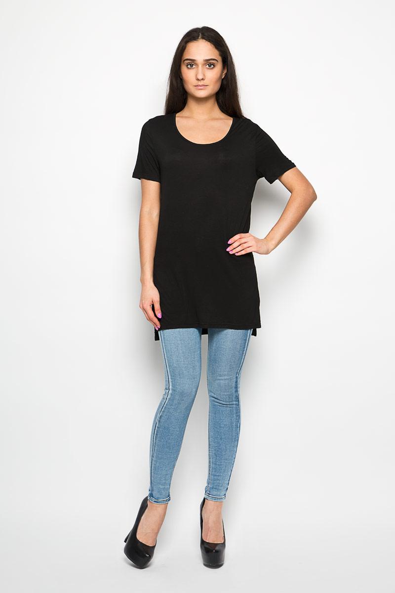 Футболка женская Glamorous, цвет: черный. CK1657. Размер M (46)CK1657_BlackОригинальная женская футболка Glamorous, выполнена из вискозы с добавлением эластана. Модель с круглым вырезом горловины и короткими рукавами. В боковых швах обработаны разрезы. Спинка намного удлинена.Эта футболка станет отличным дополнением к вашему гардеробу.