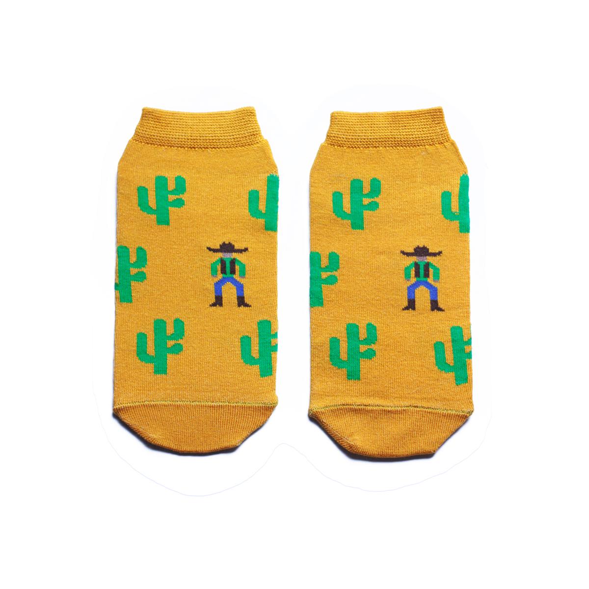 Носки мужские Big Bang Socks, цвет: горчичный, зеленый. s2132. Размер 40/44s2132Укороченные мужские носки Big Bang Socks изготовлены из высококачественного хлопка с добавлением полиамидных и эластановых волокон, которые обеспечивают великолепную посадку. Носки отличаются ярким стильным дизайном, они оформлены изображением кактусов и ковбоев. Удобная резинка идеально облегает ногу и не пережимает сосуды, а усиленные пятка и мысок повышают износоустойчивость носка. Дизайнерские носки Big Bang Socks - яркая деталь в вашем образе и оригинальный подарок для друзей и близких.