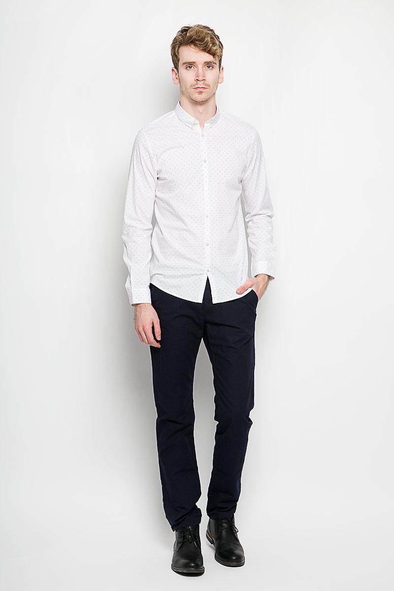 Рубашка мужская Tom Tailor, цвет: белый. 2031453.00.15_2000. Размер XL (52)2031453.00.15_2000Стильная мужская рубашка Tom Tailor, выполненная из хлопка с содержание эластана, обладает высокой теплопроводностью, воздухопроницаемостью и гигроскопичностью, позволяет коже дышать, тем самым обеспечивая наибольший комфорт при носке. Модель классического кроя с отложным воротником застегивается на пуговицы. Длинные рукава рубашки дополнены манжетами на пуговицах. Рубашка оформлена принтом горох. Воротник с уголками на пуговицах придаст образу изюминку. Такая рубашка подчеркнет ваш вкус и поможет создать великолепный стильный образ.
