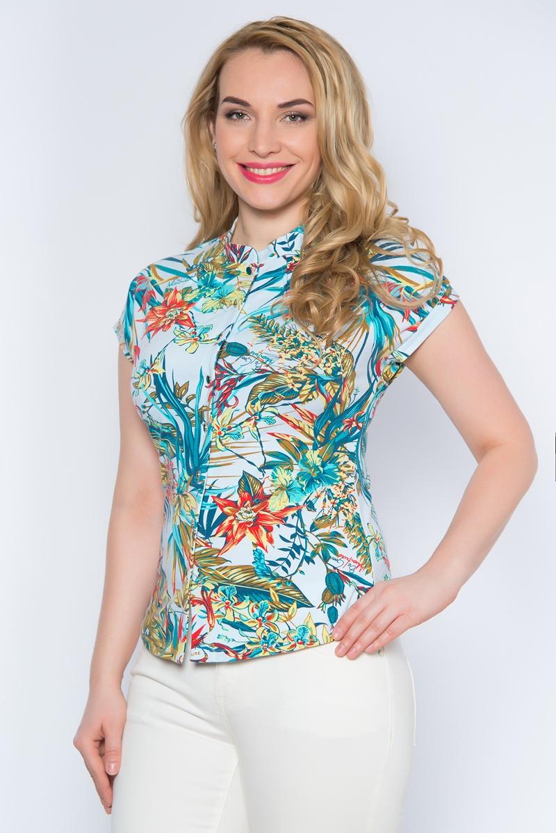 Блузка женская BeGood, цвет: белый, бирюзовый, мультиколор. SS16-BGUZ-500. Размер XXXXL (56)SS16-BGUZ-500аЯркая женская блуза BeGood выполнена из эластичного хлопка.Блузка с воротником-стойкой и короткими цельнокроеными рукавами застегивается спереди на пуговицы по всей длине. Модель оформлена тропическим принтом.