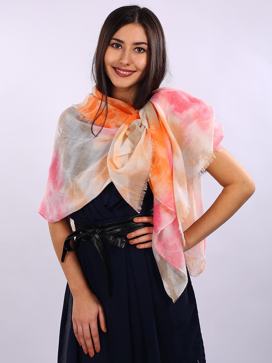 Палантин женский Venera, цвет: белый, оранжевый, розовый. 3413301-18. Размер 90 см х 180 см3413301-18Элегантный палантин Venera согреет вас в непогоду и станет достойным завершением вашего образа.Палантин изготовлен из 100% вискозы. Легкий и приятный на ощупь палантин классического кроя украшен оригинальным принтом. Края оформлены бахромой. Палантин красиво драпируется, он превосходно дополнит любой наряд и подчеркнет ваш изысканный вкус.Легкий и изящный палантин привнесет в ваш образ утонченность и шарм.