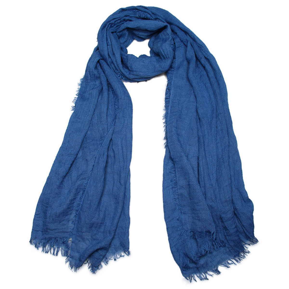 Палантин женский Venera, цвет: синий. 3415601-11. Размер 90 см х 200 см3415601-11Элегантный однотонный женский палантин Venera изготовлен из вискозы. Палантин имеет отличное качество и приятную текстуру материала, он подарит настоящий комфорт при носке, а большие размеры позволят завязать изделие множеством вариантов. Жатая структура ткани смотрится весьма оригинально.