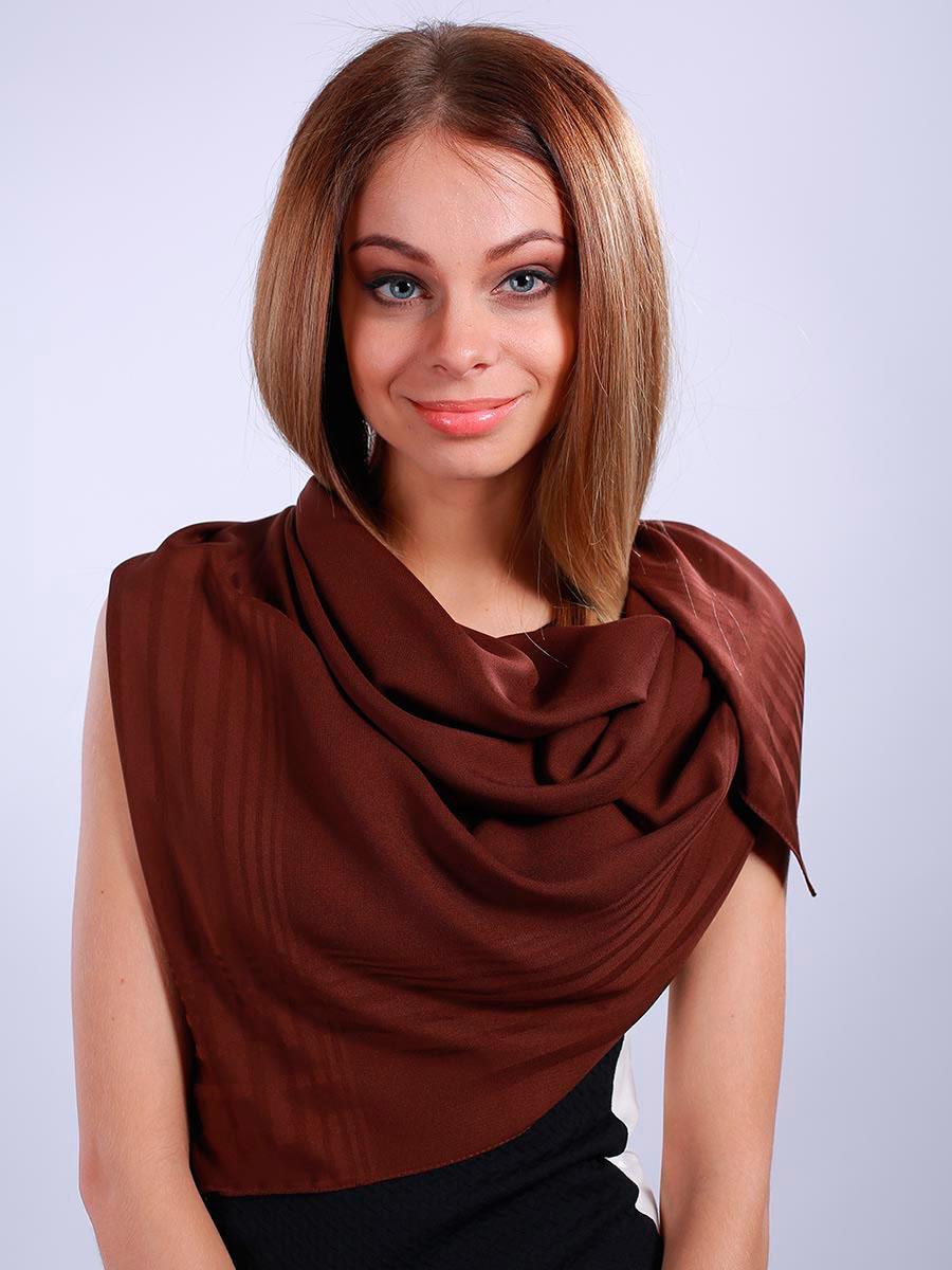 Платок женский Venera, цвет: темно-коричневый. 3902327-19. Размер 100 см х 100 см3902327-19Стильный женский платок Venera станет великолепным завершением любого наряда. Платок изготовлен из полиэстера в лаконичном дизайне. Классическая квадратная форма позволяет носить платок на шее, украшать им прическу или декорировать сумочку. Легкий и приятный на ощупь платок поможет вам создать изысканный женственный образ. Такой платок превосходно дополнит любой наряд и подчеркнет ваш неповторимый вкус и элегантность.