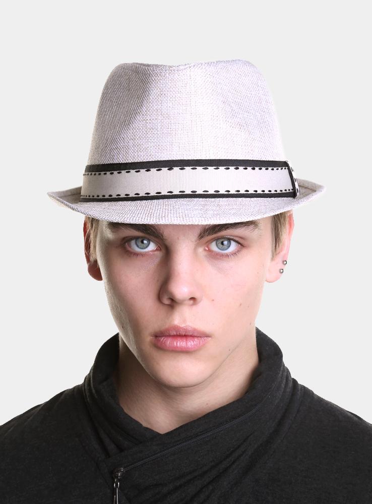 Шляпа мужская Canoe Benni, цвет: бежевый. 1963373. Размер 571963373Модная шляпа-трилби Canoe Benni, выполненная из полиэстера, украсит любой наряд.Шляпа оформлена двойной простроченной лентой вокруг тульи. Благодаря своей форме, шляпа удобно садится по голове и подойдет к любому стилю. Шляпа легко восстанавливает свою форму после сжатия.Такая шляпка подчеркнет вашу неповторимость и дополнит ваш повседневный образ.