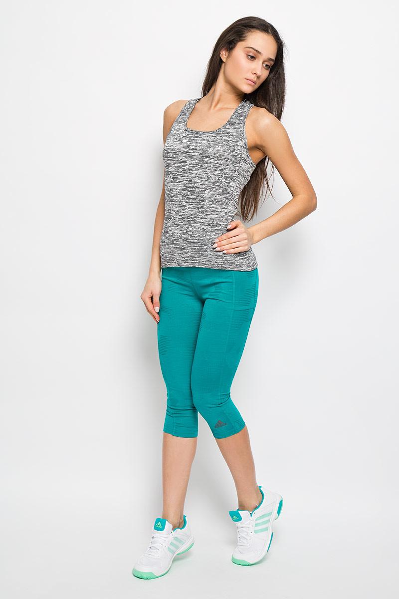 Майка для бега женская Adidas SN Fitted TNK, цвет: серый. AA5541. Размер M (46/48)