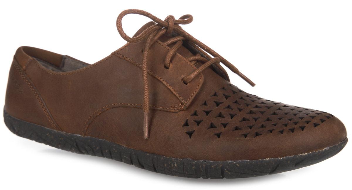 Полуботинки женские Merrell Mimix Cheer, цвет: коричневый. J55514. Размер 6 (36)J55514Женские полуботинки от Merrell Mimix Cheer - отличный вариант на каждый день. Модель выполнена из натуральной кожи и оформлена в передней части резными узорами, которые обеспечивают лучшую воздухопроницаемость. Подъем дополнен шнуровкой, надежно фиксирующей обувь на стопе. Стелька с памятью выполнена из текстиля. Технология стельки M Select Fresh естественным образом устраняет бактерии - причину возникновения неприятного запаха внутри ботинка. Текстильная подкладка обеспечит комфорт и предотвратит натирание. Задник оформлен текстильной вставкой и фирменным тиснением. Подошва M Select Grip гарантирует долговечность. Специальный рисунок протектора, обеспечивающий отличное сцепление на разных видах поверхности, сконструирован таким образом, чтобы в его элементах не застревали мелкие камни, не удерживалась земля.