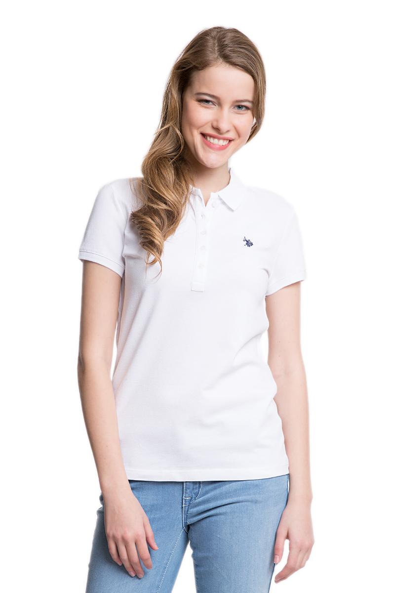 Поло женское U.S. Polo Assn., цвет: белый. G082GL0110GTP01-IY06_BY0001. Размер XL (52)G082GL0110GTP01-IY06_BY0001Стильная женская футболка-поло U.S. Polo Assn., выполненная из высококачественного эластичного хлопка, обладает высокой теплопроводностью, воздухопроницаемостью и гигроскопичностью, позволяет коже дышать.Модель с короткими рукавами и отложным воротником - идеальный вариант для создания оригинального современного образа. Сверху футболка-поло застегивается на пластиковые пуговицы. Воротник и низ рукавов выполнены из трикотажной резинки. Модель оформлена на груди небольшой вышивкой.