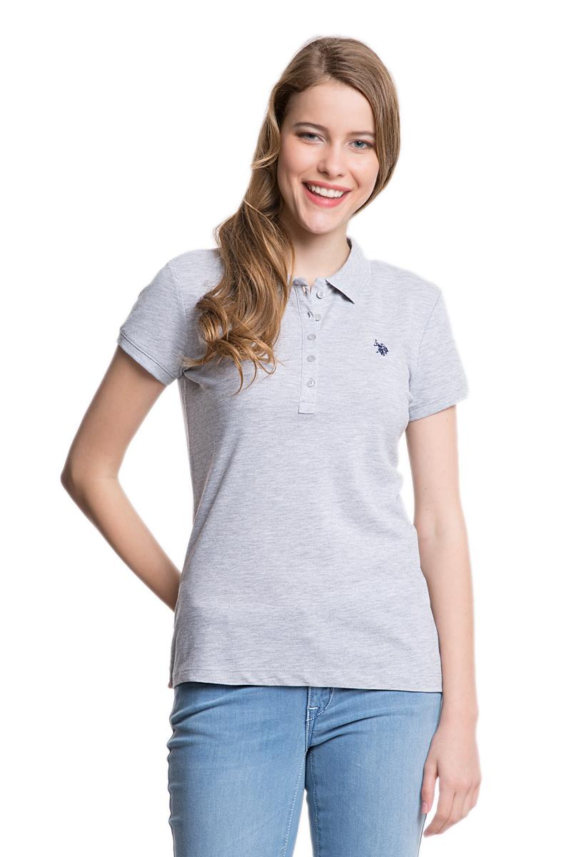 Поло женское U.S. Polo Assn., цвет: серый. G082GL0110GTP01-IY06_XX7460. Размер XS (40)G082GL0110GTP01-IY06_XX7460Стильная женская футболка-поло U.S. Polo Assn., выполненная из высококачественных материалов, обладает высокой теплопроводностью, воздухопроницаемостью и гигроскопичностью, позволяет коже дышать.Модель с короткими рукавами и отложным воротником - идеальный вариант для создания оригинального современного образа. Сверху футболка-поло застегивается на пластиковые пуговицы. Воротник и низ рукавов выполнены из трикотажной резинки. Модель оформлена на груди небольшой вышивкой.