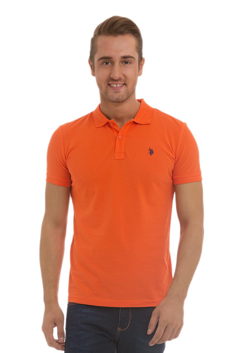 Поло мужское U.S. Polo Assn., цвет: оранжевый. G081GL0110GTP04IY6_TR0098. Размер M (48/50)G081GL0110GTP04IY6_TR0098Стильная мужская футболка-поло U.S. Polo Assn., выполненная из высококачественного хлопка, обладает высокой теплопроводностью, воздухопроницаемостью и гигроскопичностью, позволяет коже дышать.Модель с короткими рукавами и отложным воротником - идеальный вариант для создания оригинального современного образа. Сверху футболка-поло застегивается на две пуговицы. Воротник и низ рукавов выполнены из трикотажной резинки. Модель оформлена на груди небольшой вышивкой.