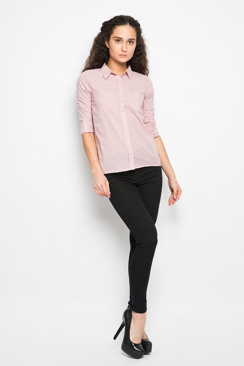 Рубашка женская Moodo, цвет: нежно-розовый. L-KO-2005 L.PINK. Размер L (48)L-KO-2005_L.PINKСтильная женская рубашка Moodo, выполненная из натурального хлопка, прекрасно подойдет для повседневной носки. Материал очень мягкий и приятный на ощупь, не сковывает движения и позволяет коже дышать.Рубашка приталенного кроя с отложным воротником и длинными рукавами застегивается на пуговицы по всей длине. На груди модели предусмотрены два накладных кармана. Рукава можно регулировать по длине за счет хлястика на пуговице. Низ рукавов обработан манжетами, которые застегиваются на пуговицы. Спинка модели немного удлинена.Такая рубашка будет дарить вам комфорт в течение всего дня и станет модным дополнением к вашему гардеробу.