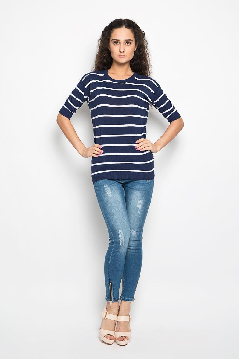 Пуловер женский Moodo, цвет: темно-синий, белый. L-SW-2001 NAVY. Размер XL (50)L-SW-2001_NAVYСтильный женский пуловер Moodo изготовленный из натурального хлопка, не сковывает движения, обеспечивая наибольший комфорт.Модель с круглым вырезом горловины и рукавами до локтя великолепно сидит. Низ, манжеты и вырез горловины пуловера связаны резинкой. Изделие дополнено принтом в полоску. Пуловер мелкой вязки поможет вам создать стильный современный образ в стиле Casual. Этот пуловер станет отличным дополнением к вашему гардеробу. В нем вы всегда будете чувствовать себя уютно в прохладное время года.