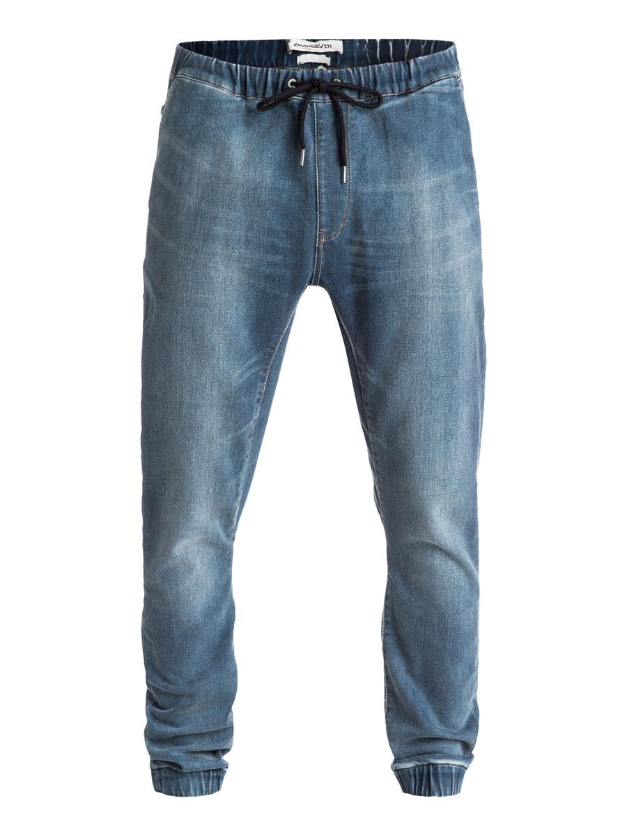 Джинсы мужские Quiksilver, цвет: светло-синий. EQYDP03193-BNQW. Размер XS (44)EQYDP03193-BNQWСтильные мужские джинсы-джоггеры Quiksilver с низкой ластовицей изготовлены из эластичного хлопка с добавлением полиэстера. Модель на талии имеет широкую эластичную резинку и дополнена затягивающимся шнурком и имитацией ширинки. Спереди джинсы имеют два прорезных кармана и один маленький накладной карман, сзади два кармана на пуговицах. Низ брючин дополнен резинками.