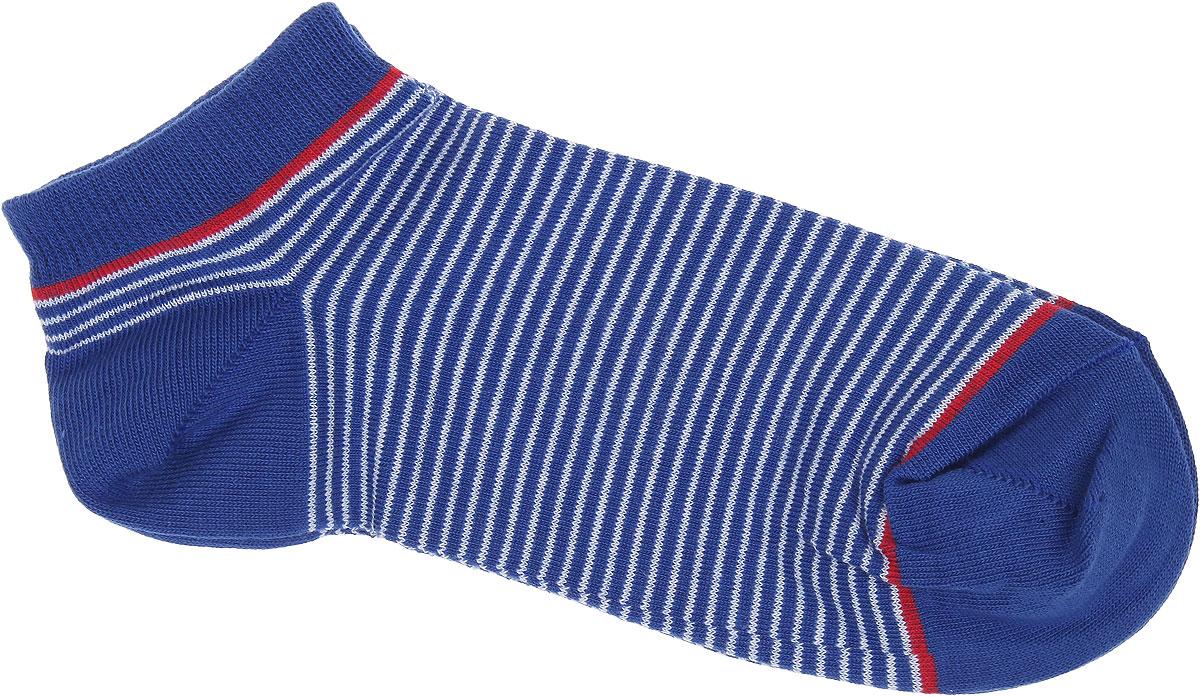 Носки женские Alla Buone, цвет: синий. CD014. Размер 25 (38-40)CD014Удобные носки Alla Buone, изготовленные из высококачественного комбинированного материала, очень мягкие и приятные на ощупь, позволяют коже дышать. Эластичная резинка плотно облегает ногу, не сдавливая ее, обеспечивая комфорт и удобство. Модель с укороченным паголенком, оформлена принтом в полоску. Практичные и комфортные носки великолепно подойдут к любой вашей обуви.