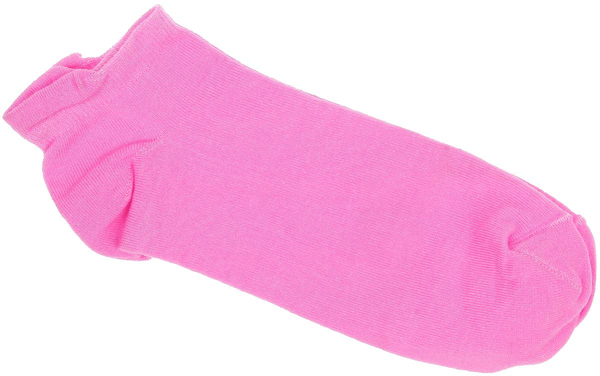 Носки женские Alla Buone, цвет: розовый. CD001. Размер 25 (38-40)CD001Удобные носки Alla Buone, изготовленные из высококачественного комбинированного материала, очень мягкие и приятные на ощупь, позволяют коже дышать. Эластичная резинка плотно облегает ногу, не сдавливая ее, обеспечивая комфорт и удобство. Модель с укороченным паголенком. Практичные и комфортные носки великолепно подойдут к любой вашей обуви.