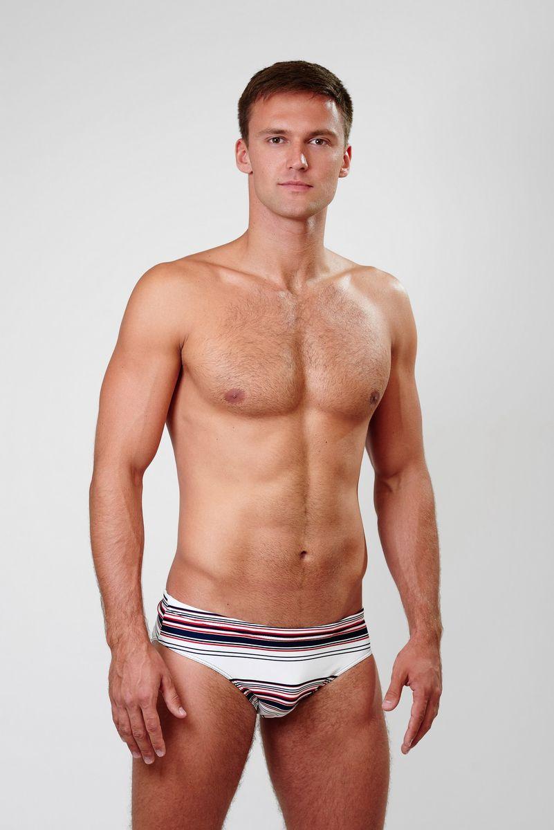 Плавки мужские Emdi, цвет: белый, темно-синий, красный. 07-0814-200. Размер 4407-0814-200_201Мужские плавки Emdi, изготовленные из эластичного полиамида, быстро сохнут и сохраняют первоначальный вид и форму даже при длительном использовании. Модель-слип с высоким вырезом вокруг бедер, дополненным эластичной резинкой, имеет плоские швы. Удобная посадка и широкая резинка на талии, регулируемая скрытым шнурком, обеспечат наибольший комфорт. Оформлено изделие оригинальным принтом. Модель создана для тех, кто предпочитает удобство, практичность и современный дизайн. Плавки подходят как для занятий спортом, так и для пляжного отдыха.