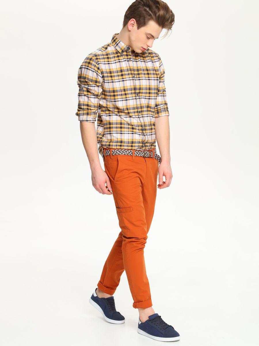 Рубашка мужская Top Secret, цвет: белый, темно-синий, желтый. SKL1978ZO. Размер 42/43 (50)SKL1978ZOСтильная мужская рубашка Top Secret, выполненная из натурального хлопка, обладает высокой теплопроводностью, воздухопроницаемостью и гигроскопичностью, позволяет коже дышать, тем самым обеспечивая наибольший комфорт при носке.Модель приталенного кроя с отложным воротником застегивается на пуговицы. На груди имеется накладной карман на пуговице. Длинные рукава рубашки дополнены манжетами на пуговицах. При желании рукава модели можно подвернуть, зафиксировав отвороты с помощью хлястика на пуговице. Оформлено изделие принтом в клетку.Такая рубашка подчеркнет ваш вкус и поможет создать великолепный стильный образ.