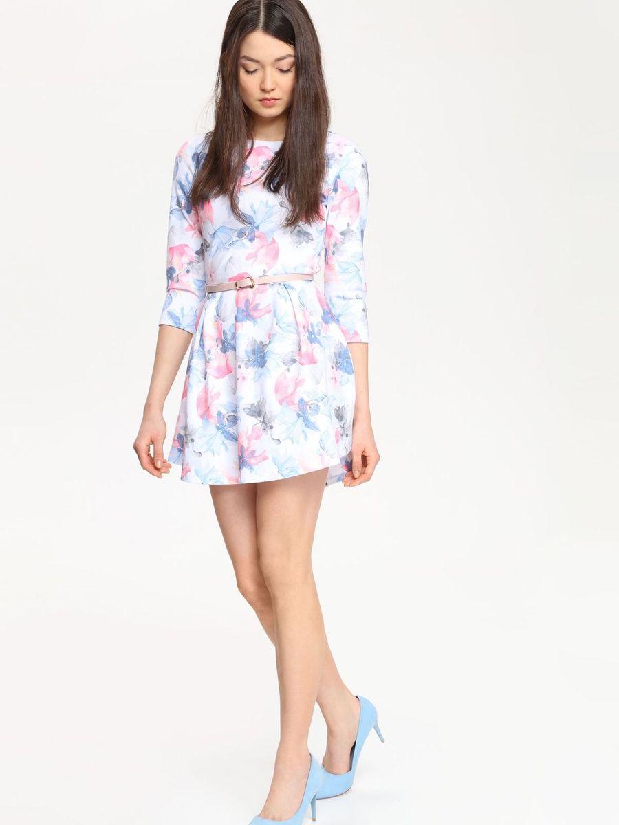 Платье Troll, цвет: белый, голубой, розовый. TSU0525BI. Размер S (44)TSU0525BIПлатье Troll поможет создать яркий и красивый образ. Платье, изготовленное из полиэстера с добавлением вискозы и эластана, необычайно мягкое, тактильно приятное, хорошо вентилируется.Модель с круглым вырезом горловины и рукавами 3/4 застегивается сзади на металлическую молнию. От линии талии заложены складки, придающие платью пышность. Изделие украшено цветочным принтом.Такое платье займет достойное место в вашем гардеробе, а также подарит вам комфорт в течение всего дня.