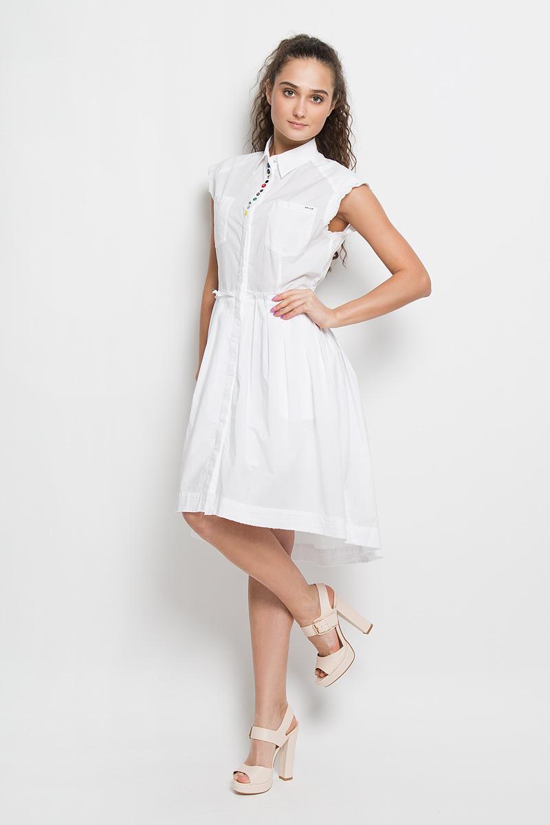 Платье Diesel, цвет: белый. 00SNEU-0LAKT/100. Размер XL (52)00SNEU-0LAKT/100Платье Diesel поможет создать яркий и стильный образ. Платье на подкладке изготовлено из натурального хлопка, очень мягкое, тактильно приятное, позволяет коже дышать.Модель с отложным воротником застегивается спереди на пуговицы по всей длине, скрытые за планкой. По проймам и по низу платье дополнено двойной окантовкой с необработанными краями. От линии талии заложены складки, придающие изделию пышность. Спереди расположены два накладных кармана, по бокам - два прорезных кармана. Спинка модели удлинена. Платье декорировано разными по форме и цвету пуговками, а также небольшой металлической пластиной с названием бренда. Такое платье займет достойное место в вашем гардеробе, а также подарит вам комфорт в течение всего дня.