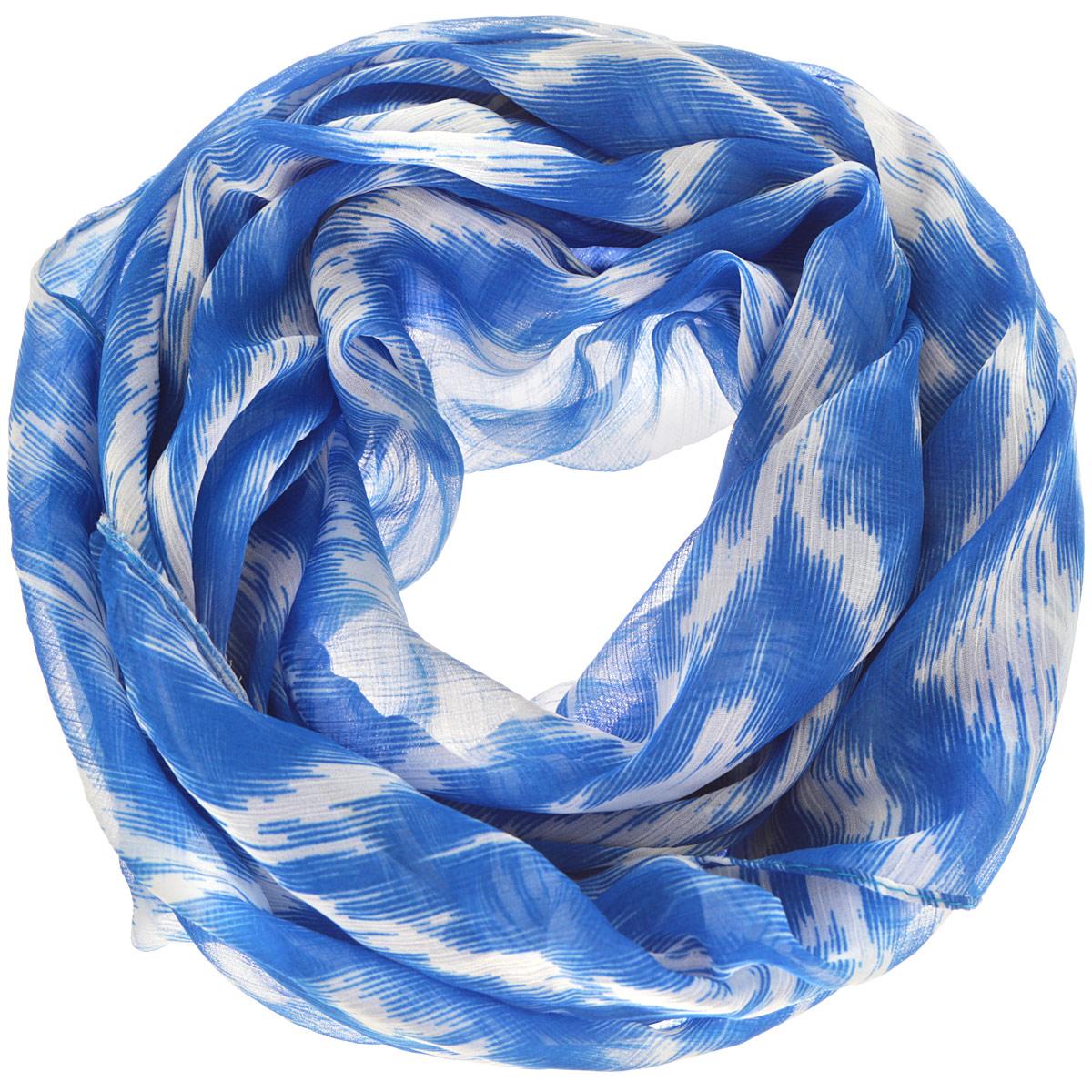 Платок женский Ethnica, цвет: ярко-синий, белый. 524040н. Размер 100 см х 100 см524040нСтильный женский платок Ethnica станет великолепным завершением любого наряда. Платок изготовлен из 100% вискозы и оформлен оригинальным орнаментом. Классическая квадратная форма позволяет носить платок на шее, украшать им прическу или декорировать сумочку. Такой платок превосходно дополнит любой наряд и подчеркнет ваш неповторимый вкус и элегантность.