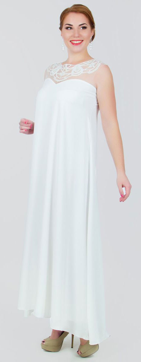 Платье Seam, цвет: белый. 4390_102. Размер M (46)4390_102Стильное платье Seam, выполненное из струящегося легкого материала, подчеркнет ваш уникальный стиль и поможет создать оригинальный женственный образ. Платье-макси с круглым вырезом горловины без рукавов придется вам по душе. Верхняя часть модели оформлена вставкой из сетчатого материала телесного цвета и оригинальной вышивкой дополненной бисером. Плате дополнено небольшим поясом. Такое платье станет стильным дополнением к вашему гардеробу.