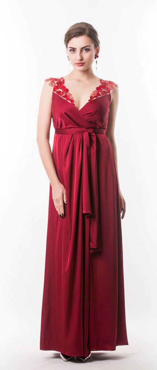 Платье Seam, цвет: бордовый. 4440_407. Размер M (46)4440_407Стильное платье Seam выполнено из полиэстера с добавлением спандекса. Двойное платье-макси с запахом по талии дополнено поясом которым можно завязать оригинальным бантом спереди или сзади. Лиф модели дополнен вставками из сетчатого материала и оформлен вышитыми цветами расшитыми бисером.