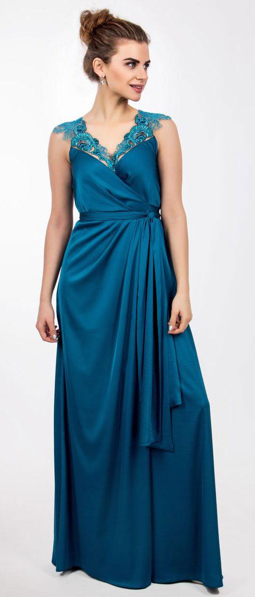 Платье Seam, цвет: темно-синий. 4440_805. Размер L (48)4440_805Стильное платье Seam выполнено из полиэстера с добавлением спандекса. Двойное платье-макси с запахом по талии дополнено поясом которым можно завязать оригинальным бантом спереди или сзади. Лиф модели дополнен вставками из сетчатого материала и оформлен вышитыми цветами расшитыми бисером.