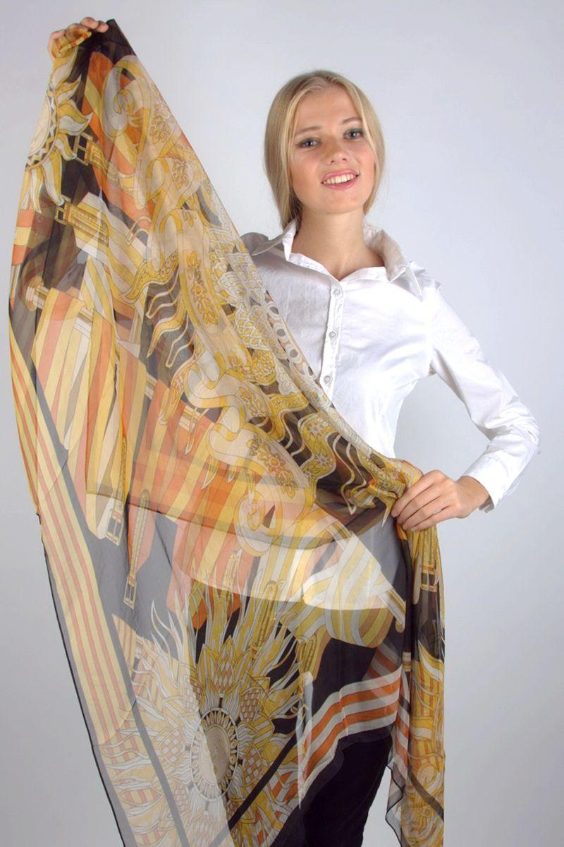 Платок Laura Milano, цвет: бежевый, оранжевый, черный. NJLP988-2. Размер 130 см х 130 смNJLP988-2Стильный женский платок Laura Milano станет великолепным завершением любого наряда.Платок изготовлен из 100% шелка и оформлен оригинальным принтом.Изящный платок поможет вам создать изысканный женственный образ, а также согреет в непогоду.