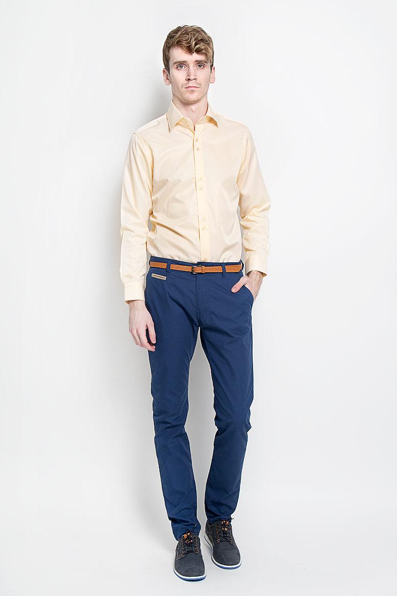 Рубашка мужская KarFlorens, цвет: персиковый. SW 50-04. Размер 39/40 (48/176)SW 50-04Стильная мужская рубашка KarFlorens, изготовленная из высококачественного хлопка с добавлением микрофибры, необычайно мягкая и приятная на ощупь, не сковывает движения и позволяет коже дышать, обеспечивая наибольший комфорт.Модная рубашка с отложным воротником, длинными рукавами и полукруглым низом застегивается на пластиковые пуговицы. Пуговицы декорированы логотипом бренда. Манжеты рукавов с застежкой на пуговицы имеют срезанные уголки и регулируются по ширине. На правом манжете - вышивка с логотипом бренда. Воротник и манжеты декорированы прострочкой мультиколорной нитью. Эта рубашка станет идеальным вариантом для мужского гардероба.Такая модель порадует настоящих ценителей комфорта и практичности!