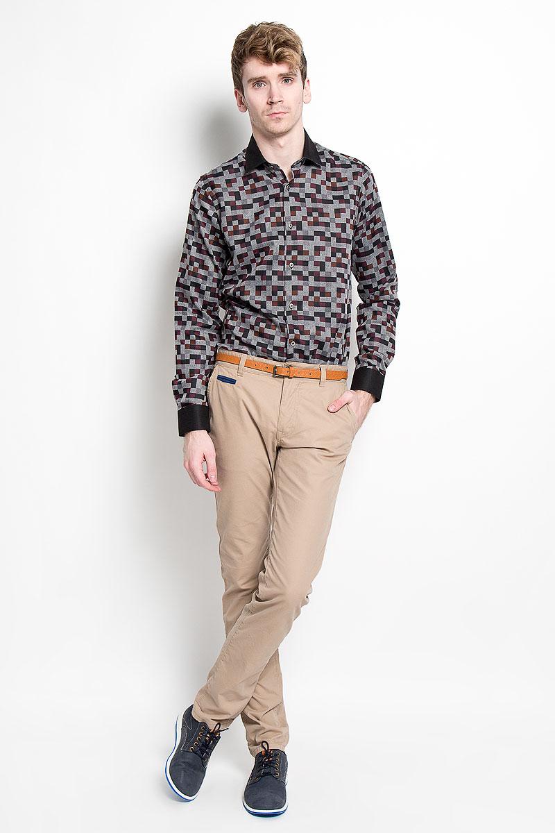 Рубашка мужская KarFlorens, цвет: серый, бордовый, черный. SW 63-06. Размер 39/40 (48/176)SW 63-06Мужская рубашка KarFlorens, изготовленная из высококачественного хлопка с добавлением микрофибры, необычайно мягкая и приятная на ощупь, она не сковывает движения и позволяет коже дышать, обеспечивая комфорт.Модель с длинными рукавами и отложным воротником застегивается на металлические пуговицы, которые декорированы названием бренда. Манжеты со срезанными уголками и регулировкой ширины также застегиваются на пуговицы. Такая рубашка станет идеальным вариантом для повседневного гардероба. Она порадует настоящих ценителей комфорта и практичности!