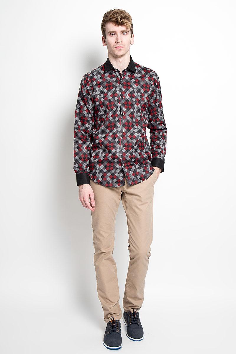 Рубашка мужская KarFlorens, цвет: красный, серый, черный. SW 63-03. Размер 39/40 (48/176)SW 63-03Мужская рубашка KarFlorens, изготовленная из высококачественного хлопка с добавлением микрофибры, необычайно мягкая и приятная на ощупь, она не сковывает движения и позволяет коже дышать, обеспечивая комфорт.Модель с длинными рукавами и отложным воротником застегивается на металлические пуговицы, которые декорированы названием бренда. Манжеты со срезанными уголками и регулировкой ширины также застегиваются на пуговицы. Такая рубашка станет идеальным вариантом для повседневного гардероба. Она порадует настоящих ценителей комфорта и практичности!