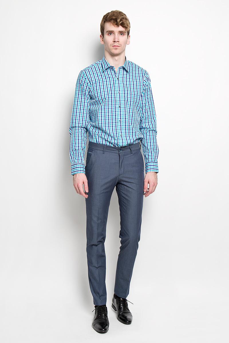 Рубашка мужская KarFlorens, цвет: белый, синий, бирюзовый. SW 76_05. Размер 37/38 (44-46/176)SW 76_05Мужская рубашка KarFlorens, изготовленная из высококачественного 100% хлопка, необычайно мягкая и приятная на ощупь, она не сковывает движения и позволяет коже дышать, обеспечивая комфорт.Модель с длинными рукавами и отложным воротником застегивается на пластиковые пуговицы, которые декорированы названием бренда. Закругленные манжеты с регулировкой ширины также застегиваются на пуговицы. Оформлено изделие принтом в клетку.Такая рубашка станет идеальным вариантом для повседневного гардероба. Она порадует настоящих ценителей комфорта и практичности!