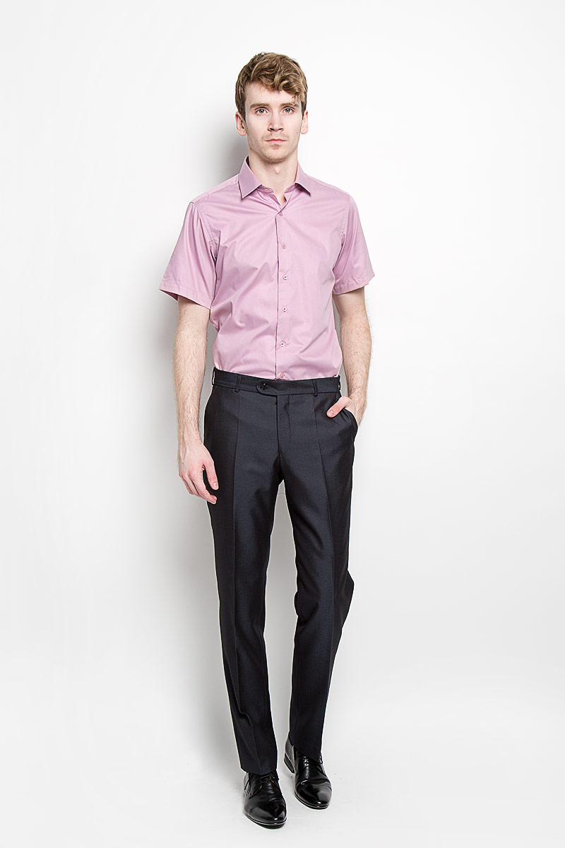 Рубашка мужская KarFlorens, цвет: розовый. SW 83_03. Размер 43/44 (54/176)SW 83_03Мужская рубашка KarFlorens, изготовленная из высококачественного хлопка с добавлением микрофибры, необычайно мягкая и приятная на ощупь, она не сковывает движения и позволяет коже дышать, обеспечивая комфорт.Модель приталенного кроя с короткими рукавами и отложным воротником застегивается на пластиковые пуговицы, которые декорированы названием бренда. Такая рубашка станет идеальным вариантом для повседневного гардероба. Она порадует настоящих ценителей комфорта и практичности!