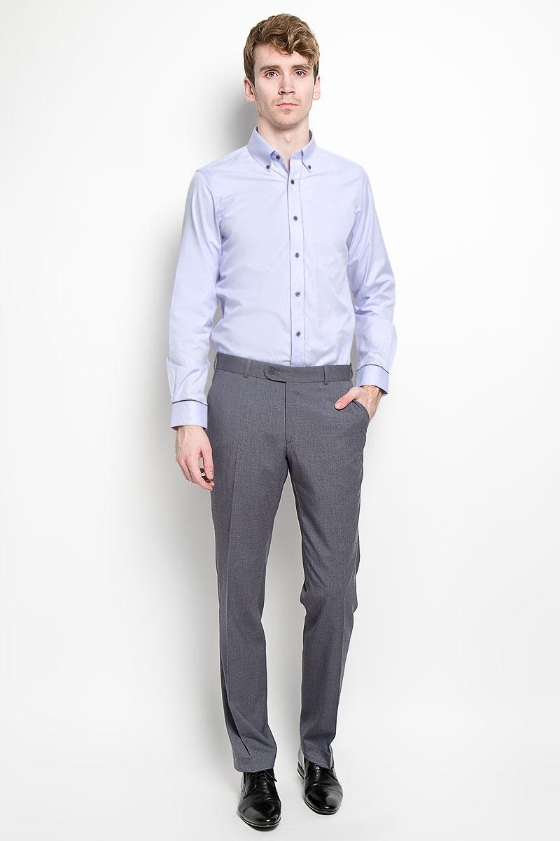 Рубашка мужская KarFlorens, цвет: сиреневый. SW 53-05. Размер 43/44 (54/176)SW 53-05Мужская рубашка KarFlorens, изготовленная из высококачественного хлопка с добавлением микрофибры, необычайно мягкая и приятная на ощупь, она не сковывает движения и позволяет коже дышать, обеспечивая комфорт.Модель приталенного силуэта, с планкой, с классическим отложным воротником на пуговицах, длинными рукавами и полукруглым низом. Рубашка застегивается на пластиковые пуговицы. Манжеты со срезанными уголками, с застежкой на пуговицы. Ширину манжет можно варьировать, благодаря дополнительной пуговице. Пуговицы декорированы логотипом KarFlorens, на правой манжете - вышивка-логотип. Модель оформлена стильным принтом в микрополоску. Эта рубашка - идеальный вариант для повседневного гардероба. Такая модель порадует настоящих ценителей комфорта и практичности!
