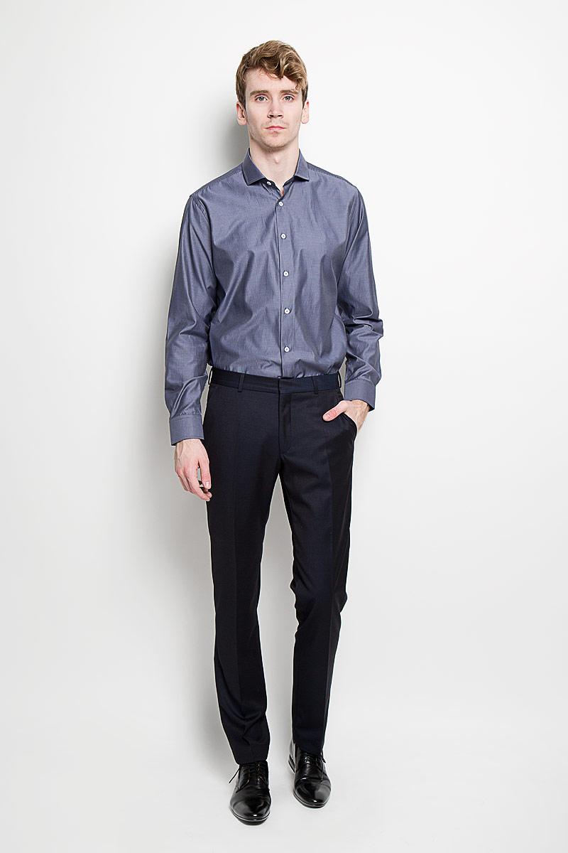 Рубашка мужская KarFlorens, цвет: серо-синий. SW 54-02. Размер 43/44 (54/182)SW 54-02Стильная мужская рубашка KarFlorens, изготовленная из высококачественного хлопка с добавлением микрофибры, необычайно мягкая и приятная на ощупь, не сковывает движения и позволяет коже дышать, обеспечивая наибольший комфорт.Модная рубашка классического кроя с отложным воротником, длинными рукавами и полукруглым низом застегивается на пластиковые пуговицы. Пуговицы украшены логотипом KarFlorens. С внутренней стороны манжеты и воротник выполнены контрастным материалом. Воротник сзади декорирован фирменной вышивкой. Рукава дополнены манжетами со срезанными уголками на пуговицах, которые благодаря дополнительной пуговице варьируются по ширине. Рубашка оформлена микрополоской и идеально подойдет для повседневного гардероба.Такая модель порадует настоящих ценителей комфорта и практичности!
