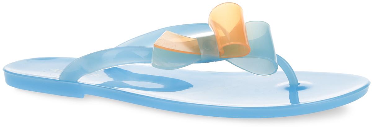 Сланцы женские Mon Ami, цвет: голубой, оранжевый. PT12-08_BLUE. Размер 39PT12-08_BLUEЧудесные женские сланцы от Mon Ami придутся вам по душе. Модель полностью выполнена из ПВХ и оформлена на ремешке роскошной аппликацией в виде банта. Ремешки с перемычкой гарантируют надежную фиксацию изделия на ноге. Верхняя поверхность подошвы декорирована оригинальным принтом в виде названия бренда. Рельефное основание подошвы обеспечивает уверенное сцепление с любой поверхностью. Удобные сланцы прекрасно подойдут для похода в бассейн или на пляж.