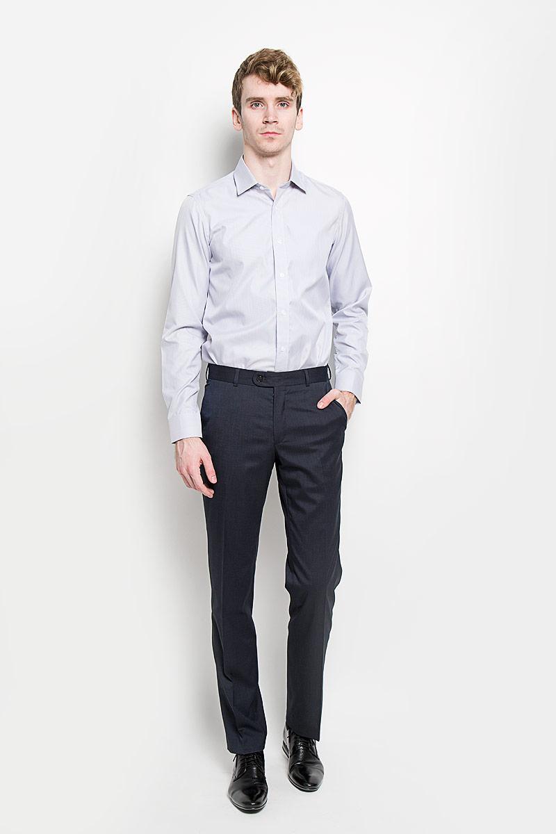 Рубашка мужская KarFlorens, цвет: серо-голубой. SW 66-04. Размер 39/40 (48-176)SW 66-04Мужская рубашка KarFlorens, изготовленная из высококачественного хлопка с добавлением микрофибры, необычайно мягкая и приятная на ощупь, она не сковывает движения и позволяет коже дышать, обеспечивая комфорт.Модель с классическим отложным воротником, длинными рукавами и полукруглым низом, застегивается на пластиковые пуговицы. Манжеты со срезанными уголками, с застежкой на пуговицы. Ширину манжет можно варьировать благодаря дополнительной пуговице. Пуговицы декорированы логотипом KarFlorens, на правой манжете - вышивка-логотип. Модель оформлена стильным принтом в микрополоску. Внутренняя часть воротника и манжет выполнена из контрастного материала с оригинальным узором. Эта рубашка - идеальный вариант для повседневного гардероба. Такая модель порадует настоящих ценителей комфорта и практичности!