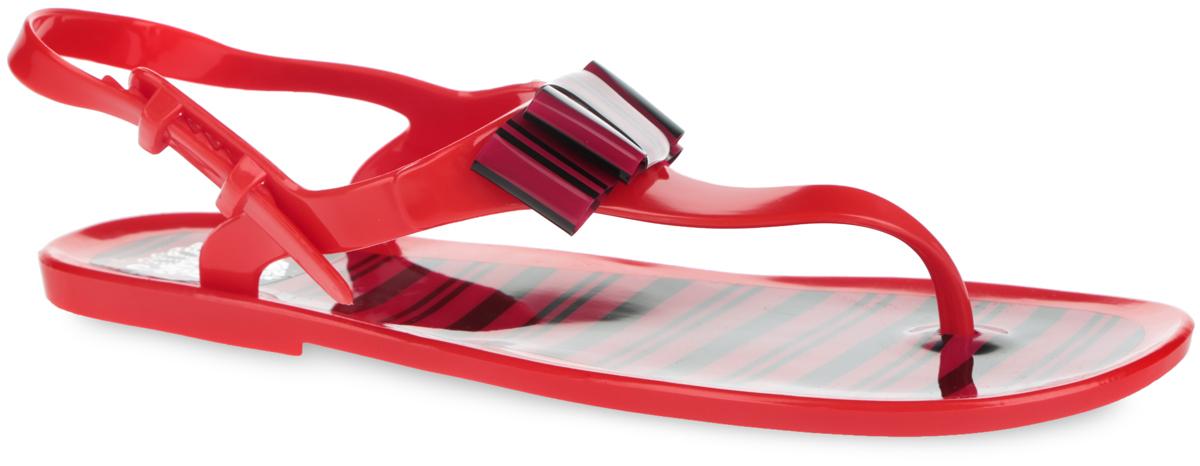 Сандалии женские Mon Ami, цвет: бордовый, красный, черный. 25869A_RED-BORDO. Размер 3825869A_RED-BORDOПрелестные женские сандалии от Mon Ami покорят вас с первого взгляда. Модель полностью выполнена из ПВХ и украшена в области подъема стильным бантом. Ремешок с перемычкой и пяточный ремешок с фиксатором гарантируют надежную фиксацию изделия на ноге. Верхняя поверхность подошвы и декоративный элемент оформлены оригинальным принтом в полоску. Рельефное основание подошвы обеспечивает уверенное сцепление с любой поверхностью. Удобные сланцы прекрасно подойдут для похода в бассейн или на пляж.