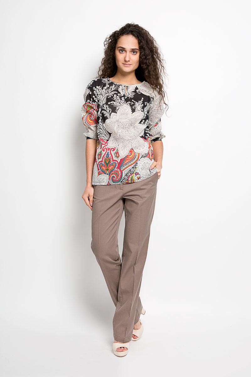 Блузка женская Finn Flare, цвет: молочный, черный, розовый. S16-12042. Размер XL (50)S16-12042Стильная женская блуза Finn Flare, выполненная из вискозы с добавлением хлопка, подчеркнет ваш уникальный стиль и поможет создать оригинальный женственный образ.Удлиненная блузка с рукавами 3/4 и круглым вырезом горловины оформлена оригинальным этническим орнаментом. Модель застегивается на пуговицу спереди, манжеты рукавов также дополнены пуговицами. Такая блузка идеально подойдет для жарких летних дней. Такая блузка будет дарить вам комфорт в течение всего дня и послужит замечательным дополнением к вашему гардеробу.
