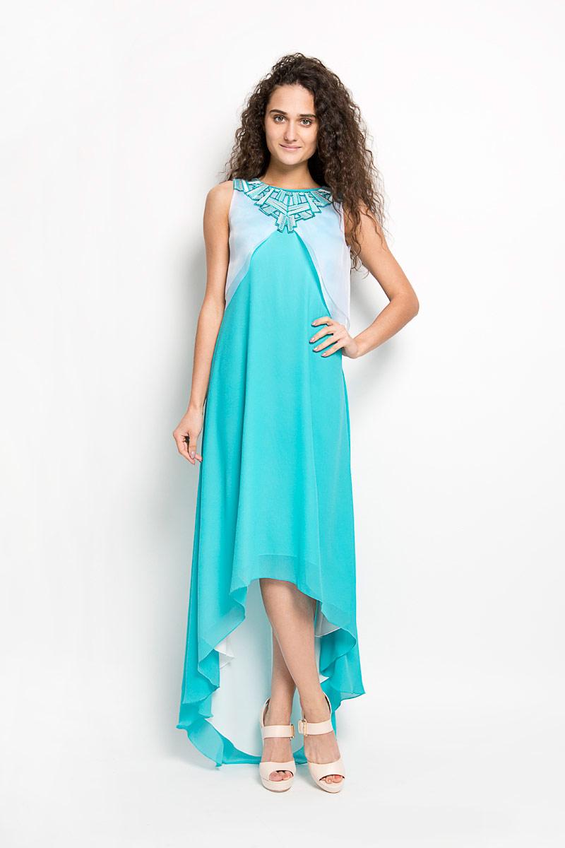 Платье Seam, цвет: бирюзовый, белый. 4630_704. Размер L (48)4630_704Стильное платье Seam, выполненное из струящегося легкого материала, подчеркнет ваш уникальный стиль и поможет создать оригинальный женственный образ. Платье-макси свободного кроя с круглым вырезом горловины придется вам по душе. Верхняя часть спинки дополнена V-образным вырезом. Нижняя часть модели спереди укорочена. Платье оснащено съемной полупрозрачной накидкой, которая дополнена декоративной нашивкой, оформленной вышивкой и пайетками. Застегивается накидка на пуговицу.Такое платье станет стильным дополнением к вашему гардеробу.