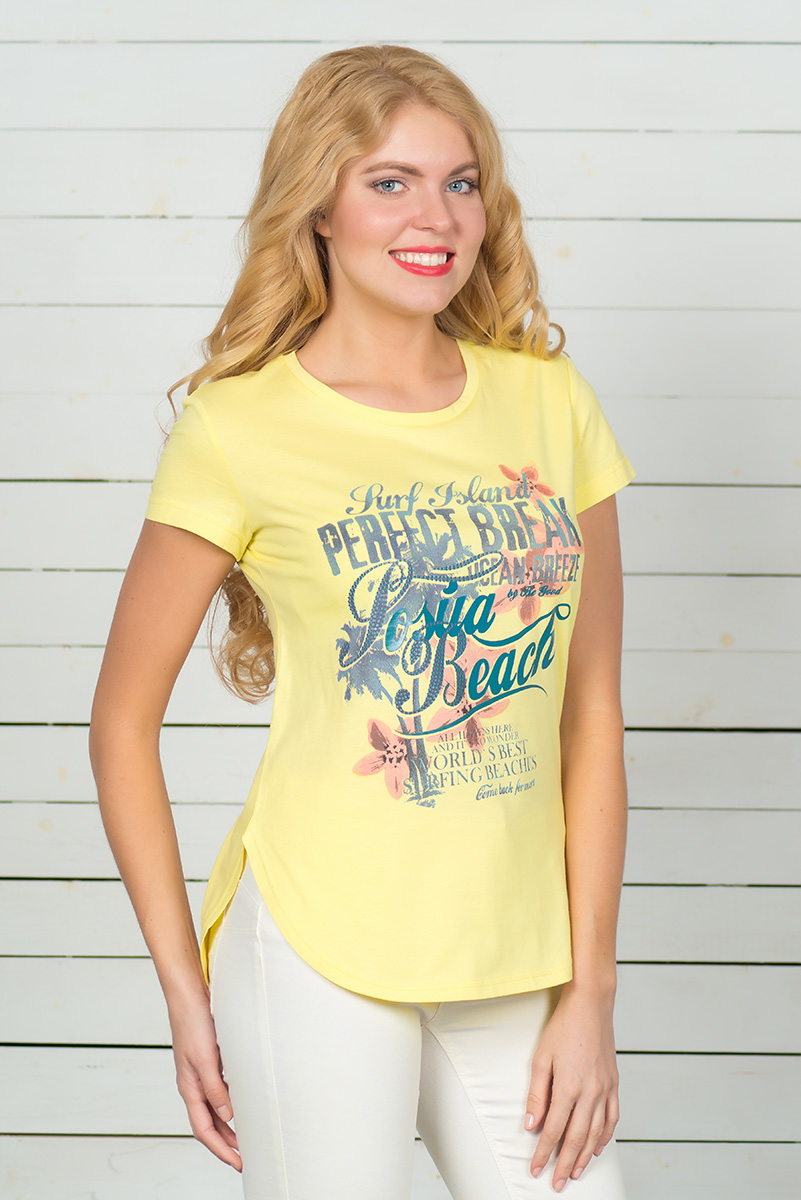 Футболка женская BeGood, цвет: желтый. SS16-BGUZ-593. Размер 54SS16-BGUZ-593Стильная женская футболка BeGood, выполненная из эластичного хлопка, обладает высокой теплопроводностью, воздухопроницаемостью и гигроскопичностью, позволяет коже дышать. Модель с короткими рукавами и круглым вырезом горловины - идеальный вариант для создания стильного современного образа. Футболка оформлена ярким принтом с цветами и надписями. По низу модель имеет закругленную форму.