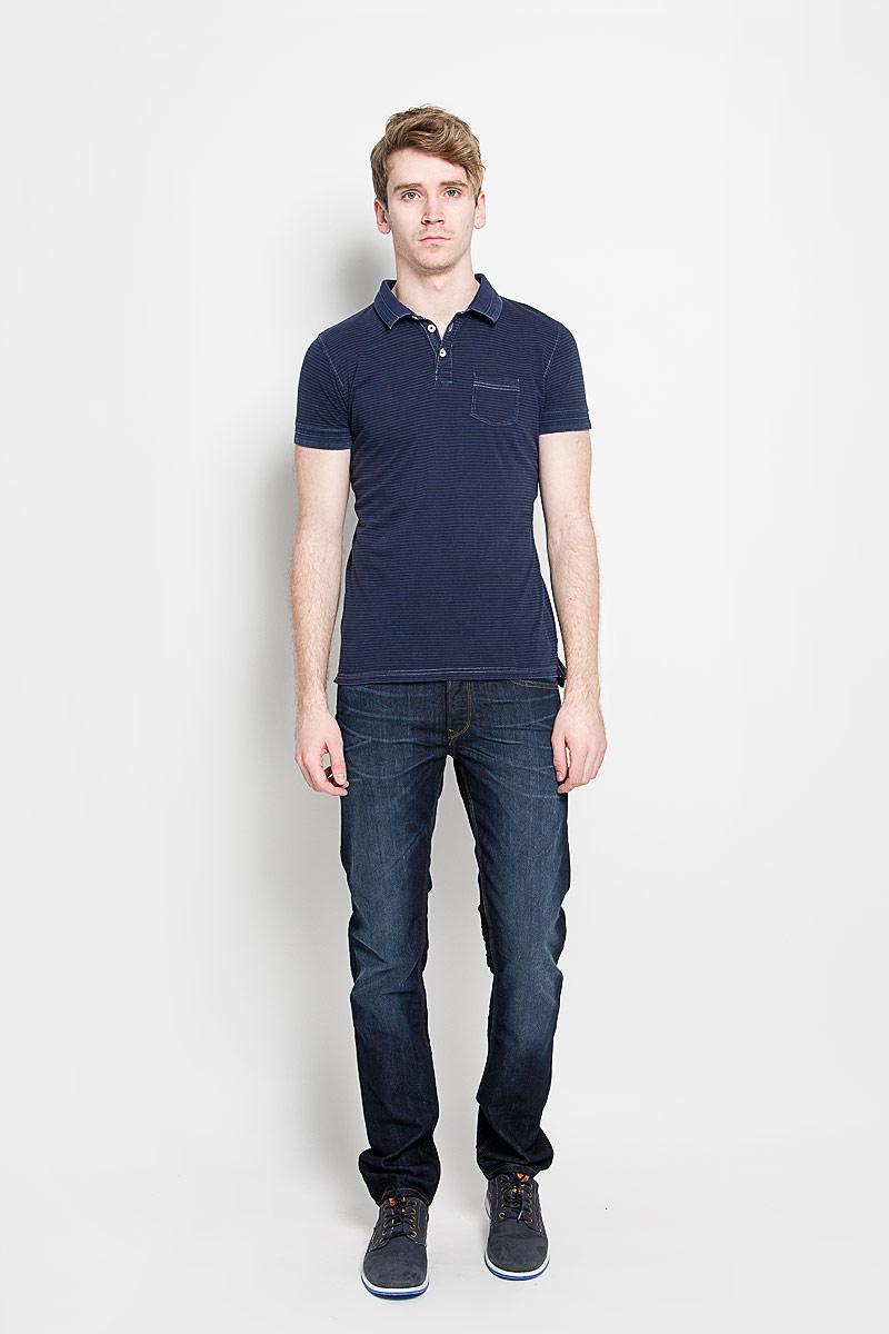Поло мужское Broadway Cambridge, цвет: темно-синий. 20100009 582. Размер M (48)20100009 582Стильная мужская футболка-поло Broadway Cambridge, выполненная из натурального хлопка, обладает высокой теплопроводностью, воздухопроницаемостью и гигроскопичностью, позволяет коже дышать. Модель с короткими рукавами и отложным воротником сверху застегивается на три пуговицы. На груди футболка дополнена накладным карманом. По бокам предусмотрены небольшие разрезы. Классический покрой, лаконичный дизайн, безукоризненное качество. В такой футболке вы будете чувствовать себя уверенно и комфортно.
