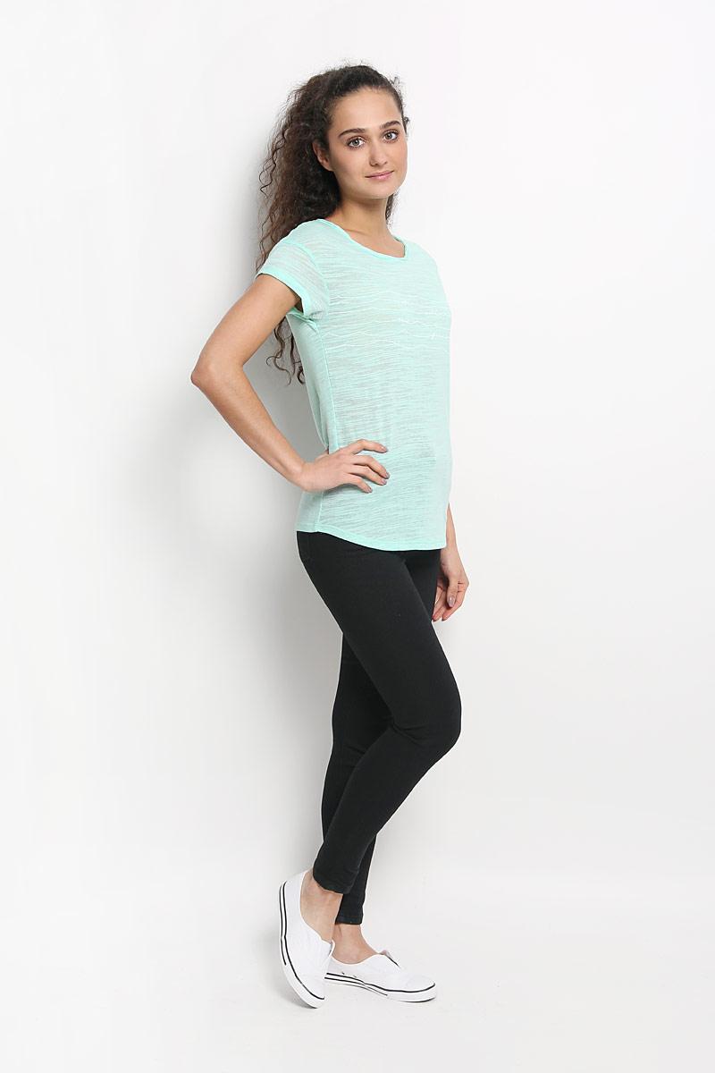 Футболка женская ONeill, цвет: мятный. 607310-6083. Размер M (46)607310-6083Стильная женская футболка ONeill, выполненная из хлопка с добавлением полиэстера, обладает высокой теплопроводностью, воздухопроницаемостью и гигроскопичностью, позволяет коже дышать. Модель с короткими рукавами и круглым вырезом горловины - идеальный вариант для создания стильного современного образа. Футболка украшена принтом с изображением волн и дополнена небольшим металлическим лейблом, вырез горловины оформлен оригинальным эффектом необработанного края.Такая модель подарит вам комфорт в течение всего дня и послужит замечательным дополнением к вашему гардеробу.