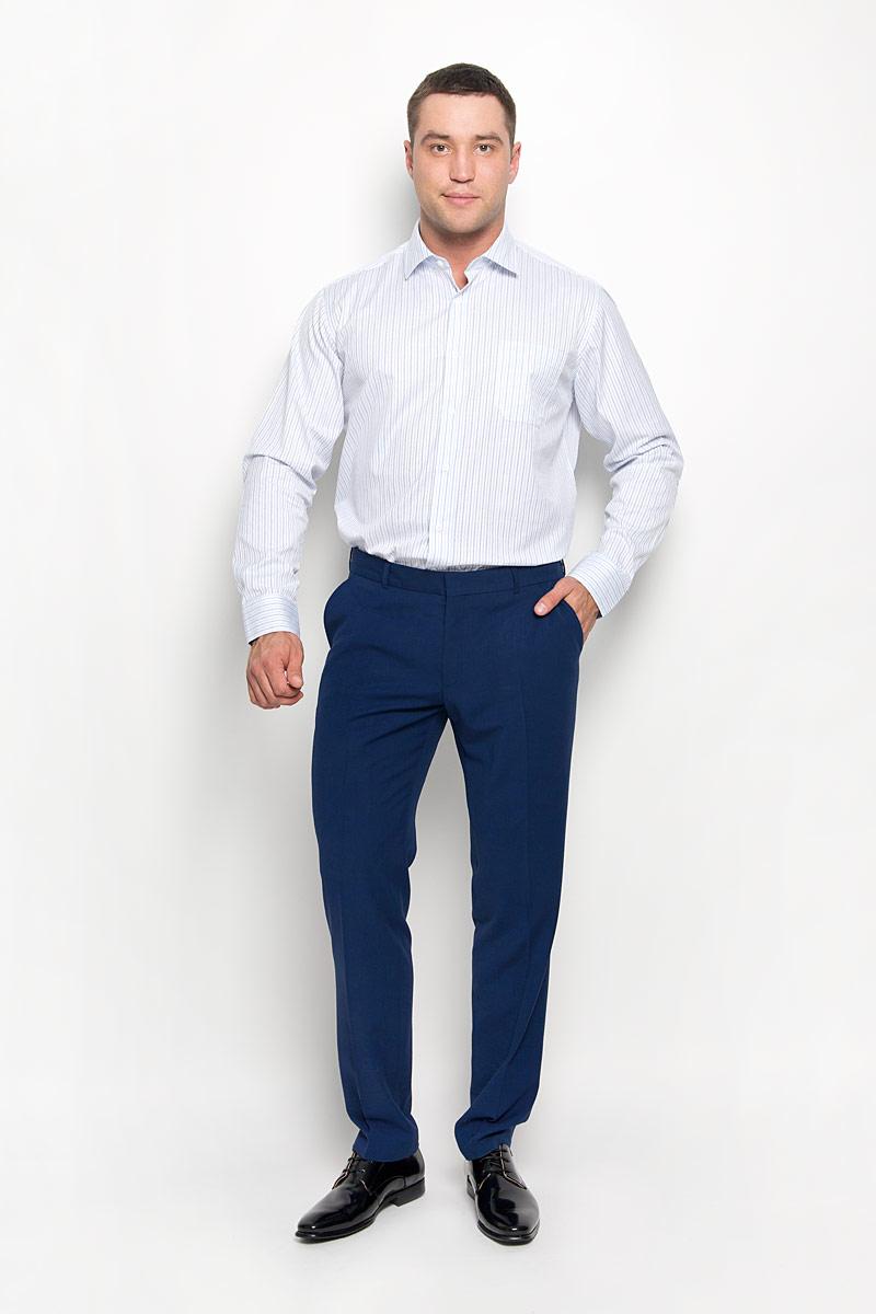 Рубашка мужская KarFlorens, цвет: голубой, белый. SW 71-03. Размер 41/42 (50/52-176)SW 71-03Стильная мужская рубашка KarFlorens, выполненная из хлопка с добавлением микрофибры, подчеркнет ваш уникальный стиль и поможет создать оригинальный образ. Такой материал великолепно пропускает воздух, обеспечивая необходимую вентиляцию, а также обладает высокой гигроскопичностью. Рубашка с длинными рукавами и отложным воротником застегивается на пуговицы спереди. Рукава рубашки дополнены манжетами, которые также застегиваются на пуговицы. Модель оформлена актуальным узором в узкую полоску и дополнена накладным нагрудным карманом. Классическая рубашка - превосходный вариант для базового мужского гардероба и отличное решение на каждый день.Такая рубашка будет дарить вам комфорт в течение всего дня и послужит замечательным дополнением к вашему гардеробу.