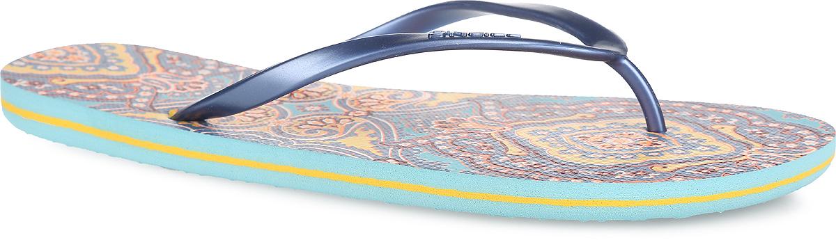 Сланцы женские O`Neill Fw Moya One, цвет: серо-синий, желтый, оранжевый, голубой. 609530-2900. Размер 37 (36)609530-2900Чудесные сланцы от ONeill придутся вам по душе. Верх модели выполнен из ПВХ и оформлен на ремешке названием бренда. Ремешки с перемычкой гарантируют надежную фиксацию изделия на ноге. Верхняя часть подошвы декорирована оригинальным ярким принтом. Рифление на верхней поверхности подошвы предотвращает выскальзывание ноги. Рельефное основание подошвы обеспечивает уверенное сцепление с любой поверхностью. Удобные сланцы прекрасно подойдут для похода в бассейн или на пляж.